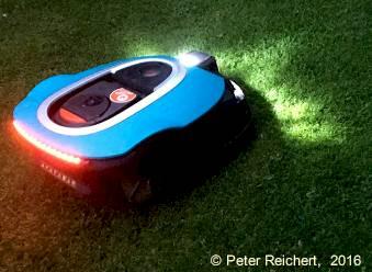 Robotmäher mit LED-Beleuchtung Front und Rücklicht